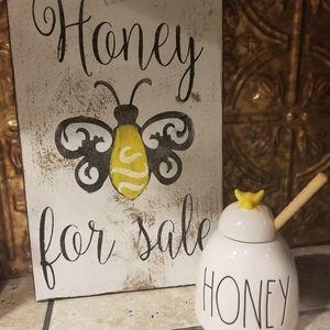 Rae Dunn Honey jar with yellow bumblebee